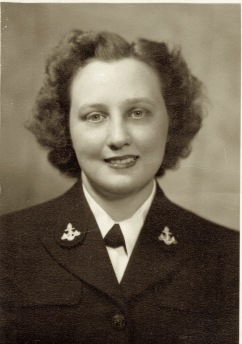 WAVE Mildred Kaiser's military portrait
