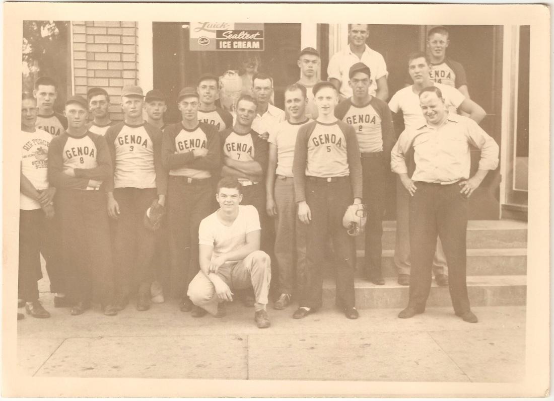 drake_ed_genoabaseball_1944